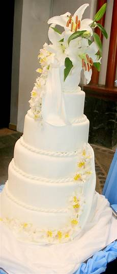 affordable wedding cake joy of pastries