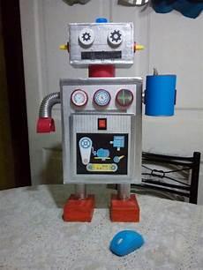 robot hechos con material reciclable cajas de carton ver imagenes robot hechos con material