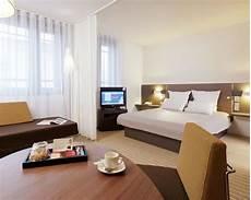 suite hotel porte de montreuil suite novotel porte de montreuil 4 233 toiles 75020