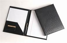 resume folder for interview get a neat resume folder before going to career fairs or interviews it makes you more