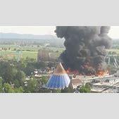 Massive fire ri...