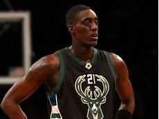 tony snell bio salary net worth contract earning married relationship