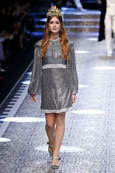 fashion week 2017 marina ruy barbosa dolce gabbana show runway on milan
