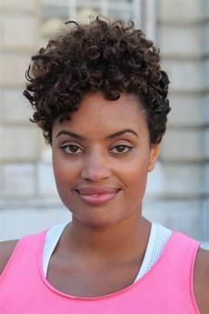 short curly hairstyles for black 20 easy stylish looks