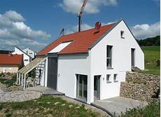 satteldach haus modern einfamilienhaus modern holzhaus satteldach galerie
