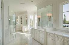 Traditional All White Bathroom Ideas by 34 Large Luxury Master Bathrooms That Cost A Fortune In 2018