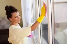 Fenster Putzen Ohne Schlieren Und Streifen Heimhelden