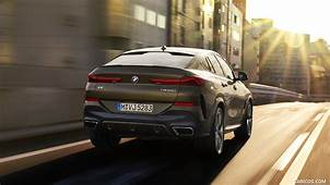 2020 BMW X6 M50i  Rear HD Wallpaper 8