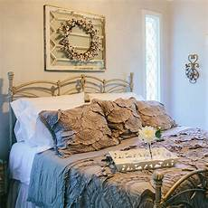 Bedding Joanna Gaines Bedroom Ideas by Cotton Wreath Magnolia Market Joanna Gaines Style