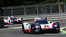 le mans 2017 le mans porsche 919 hybrids start from second row on the grid