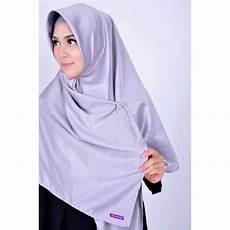 Model Jilbab Segi Empat Terbaru 2018