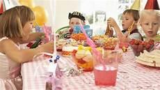 organiser une fête d anniversaire organiser une cagnotte pour financer une f 234 te d anniversaire flore et jeanne