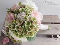 Brautstrauß Hortensien Und - strauss mit gr 252 nen hortensien weissen eustoma und rosa