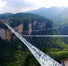 längste brücke der welt china spektakul 228 re blicke der l 228 ngsten glasbr 252 cke der