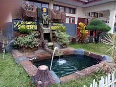 Taman Depan Kelas Sederhana Jasa Tukang Taman Surabaya