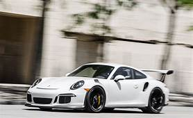2016 Porsche 911 GT3 RS Tested On The Street And Track