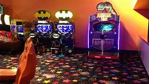 Video Game Arcade Tours  Johns Incredible Pizza And