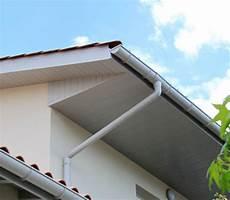 planche de rive pvc planche de rive pvc habillage passement de toit bois