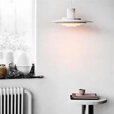 suspension au dessus d une table 94349 tradition p376 luminaire suspendu connox