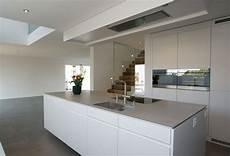 moderne küche mit kochinsel k 252 chenideen mit kochinsel sehremini k 252 che