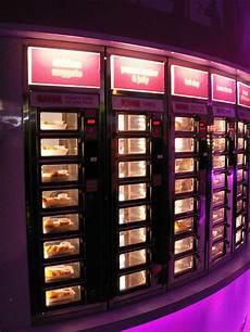 ut0mtt why disney world needs an automat