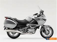 2009 honda nt 700 v deauville picture mbike