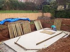 piscine bois hors sol semi enterrée piscine enterr 233 e forum