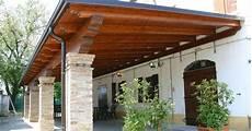 tettoia in legno autorizzazione balcone chiuso su tre lati