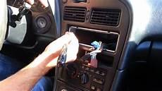 Monter Auto Radio Astuce Voiture Conseils Auto Poser