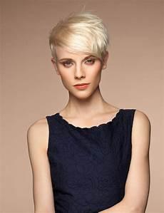 coupe de cheveux femme 2017 court coupe de cheveux court femme brune 2017
