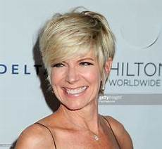 debbie boone hairstyles debby boone short straight casual hairstyle blonde hair color short hair short straight
