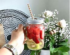 infused water rezepte lifestylemommy leckere infused water rezepte immer viel