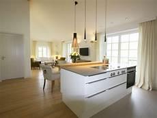 offener küchen wohnbereich ferienwohnung chiemsee bernau am chiemsee herr j 246 rg kaller