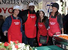 l émission keisha whitaker in the 2011 los angeles mission s dinner for the homeless 1 of 9 zimbio