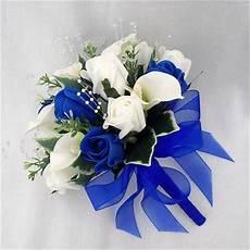 wedding flowers bouquets bridesmaids posy cala