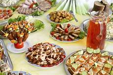 idee per aperitivi a casa come preparare un happy hour a casa soluzioni di casa
