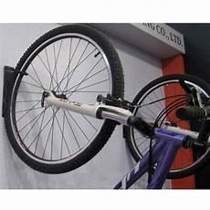 h 228 ng dein fahrrad an die wand praktischer fahrradhalter