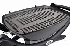 grill reinigen hausmittel grillrost aus edelstahl oder gusseisen grilltipps vom