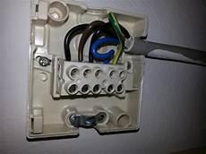 Was H 228 Lt Ein Wohnungsstrom Netzt Aus Strom Kabel Elektrik