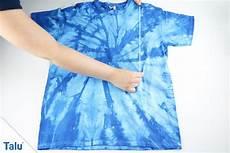 Unfassbar T Shirt Zusammenlegen In Nur 3 Sekunden Talu De