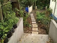 gartenwege gestalten naturstein gartenweg selber machen gartenweg pflastern gartenweg naturstein