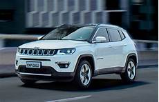 nouvelle jeep compass 2017 jeep compass revealed looks like a smaller grand