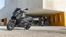 2015 Yamaha Xmax 125 Momo Eu Power Black Static 004
