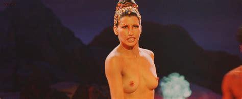 Gina Gershon Nude