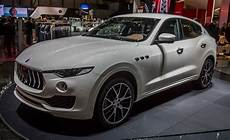 2017 maserati levante official photos and info news