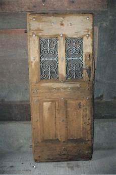 Portes Anciennes En Bois Grilles De Portes Anciennes