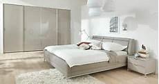 schlafzimmer blau weiß welle chiraz komplett schlafzimmer hochglanz wei 223 sand