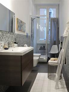 stauraum für kleines bad 13 ideen f 252 r kleine badezimmer roomido
