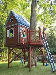baumhaus garten kinder gem 252 tliches bauhaus selber bauen kinder spielen