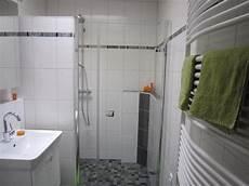 elegantes bad vorher nachher altes badezimmer aufpeppen